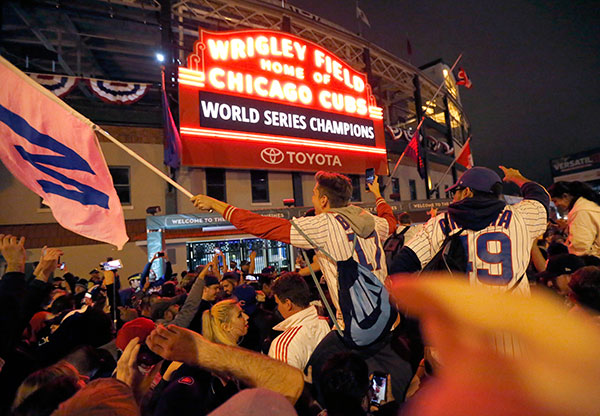 Chicago celebrating the Cubs World Series win 2016