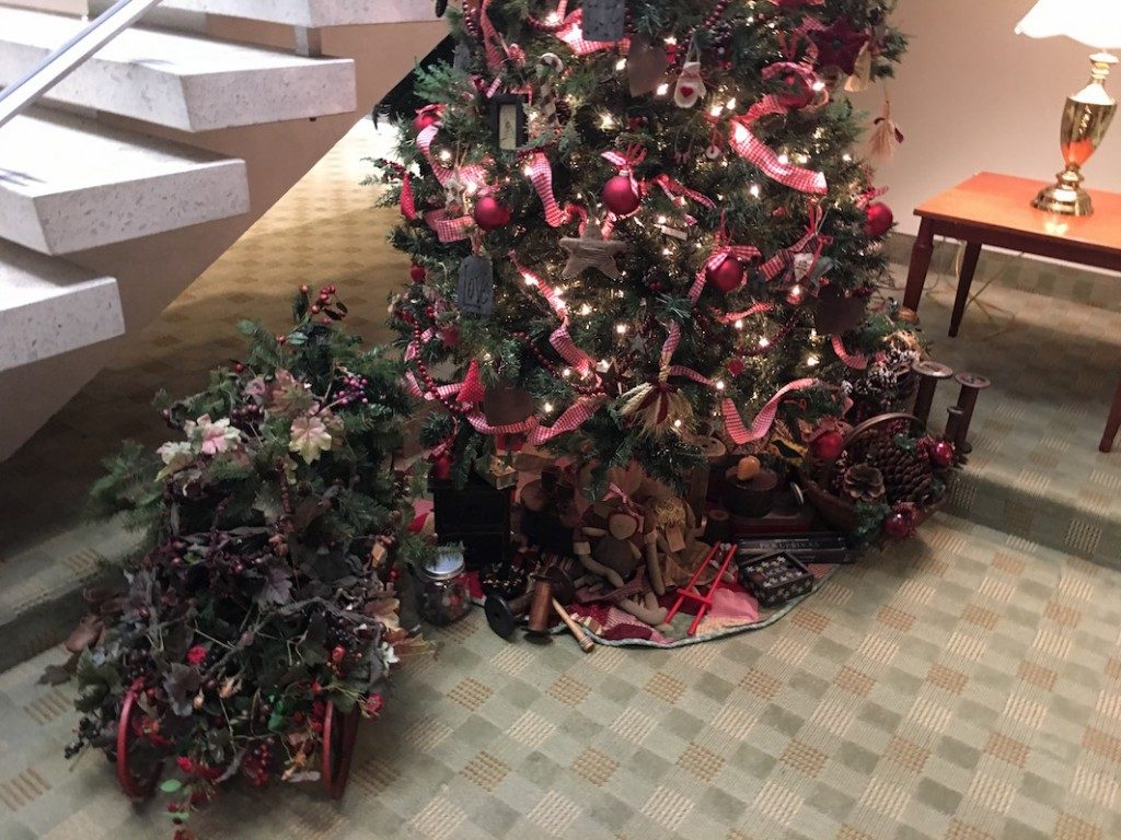 Independence, Missouri LDS Visitor's Center Christmas Tree